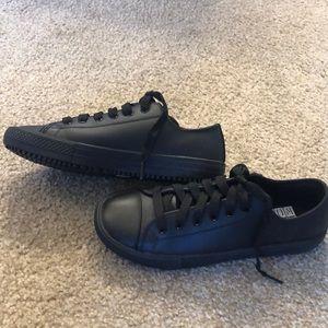 NWOT Skechers non slip work shoes